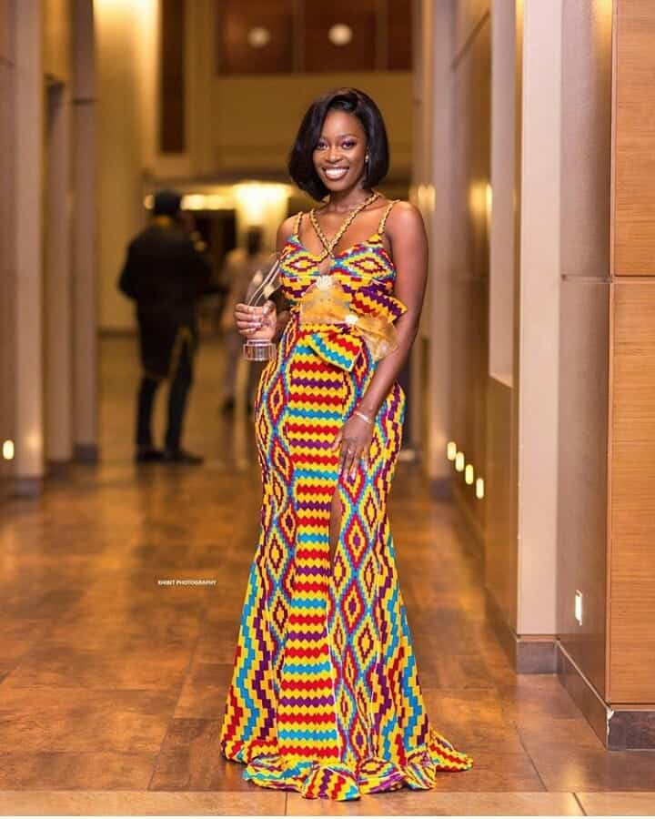 THE BEST AND STYLISH KENTE STYLES IN 2019 32