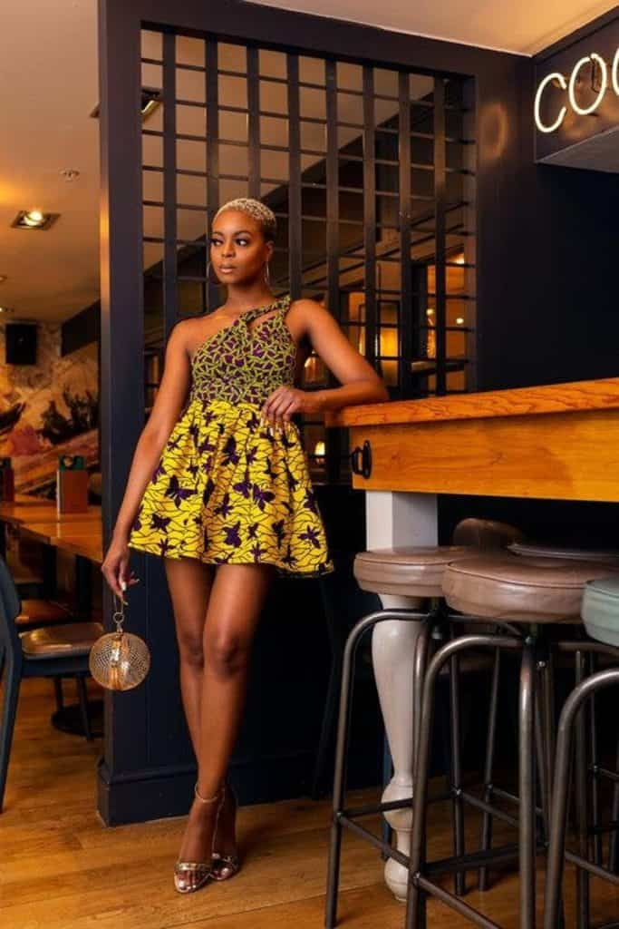 African porint short dress